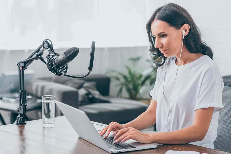 Podcast Service